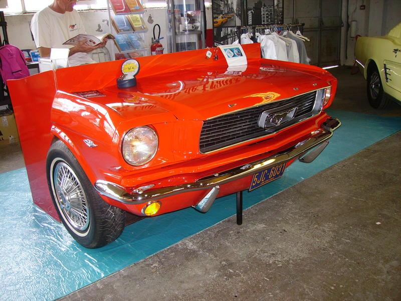 Rétro Auto Forum du Var à Fréjus - Page 3 Mustan11