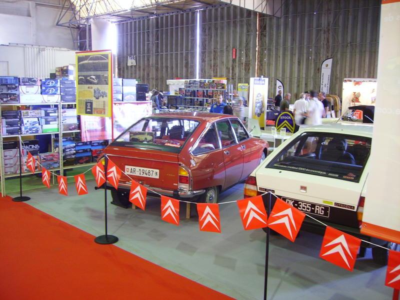 Rétro Auto Forum du Var à Fréjus - Page 3 Stand_21
