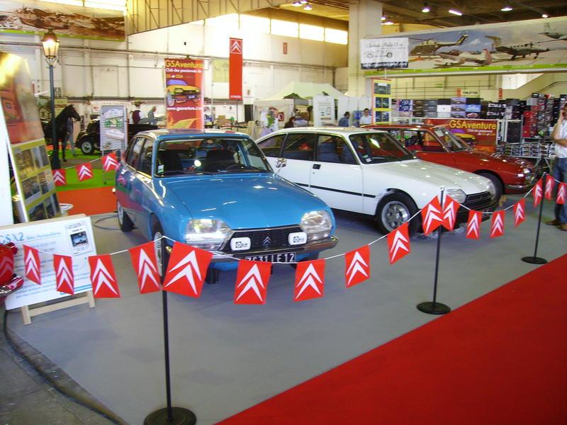 Rétro Auto Forum du Var à Fréjus - Page 3 Stand_23