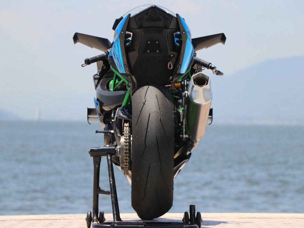 Kawasaki Ninja H2 et H2R - Page 24 10445810