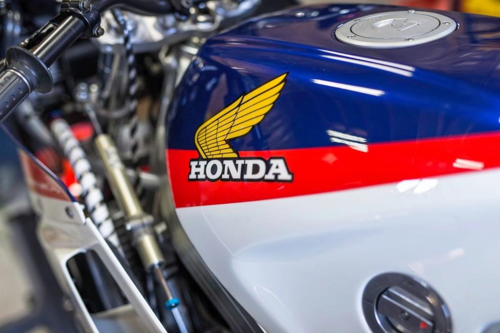 Honda VFR 750 & 800 - Page 3 1333d510