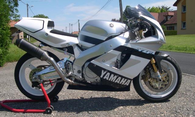 Yamaha 750 YZF  - Page 2 290rdq10