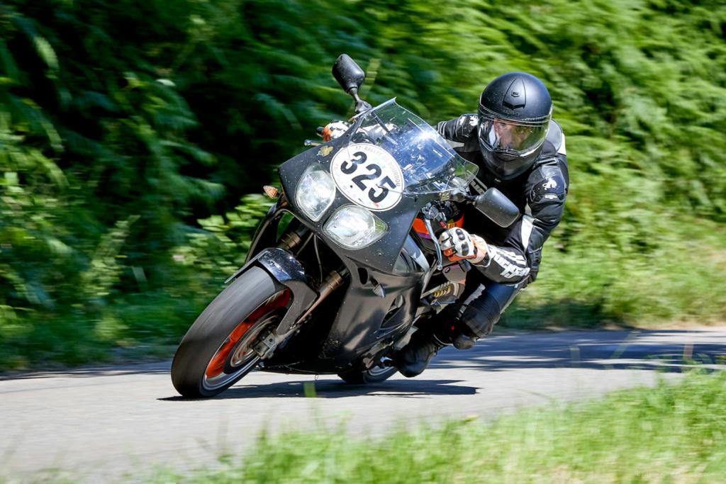 Road Races, TT et courses sur route  - Page 32 325cha10