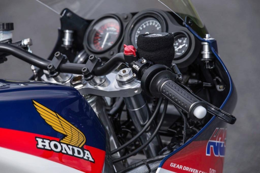 Honda VFR 750 & 800 - Page 3 B674ee10