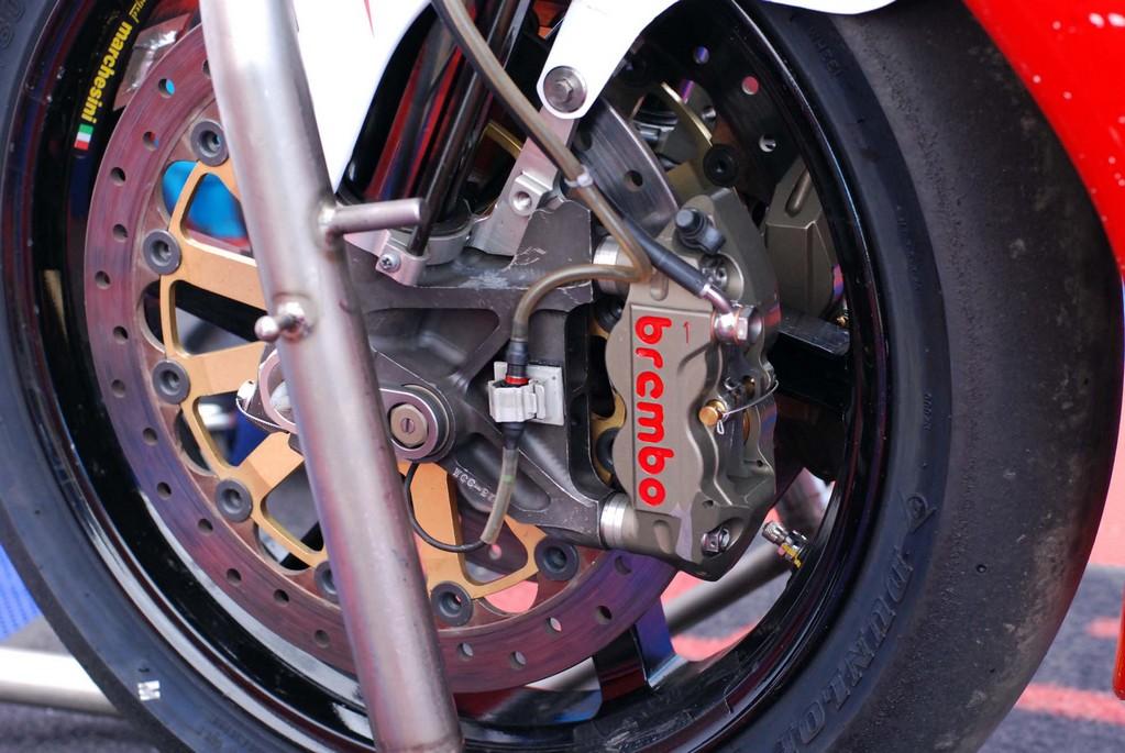 Honda CBR 1000 RR 2008-2011 <SC59> - Page 21 Cbr10020