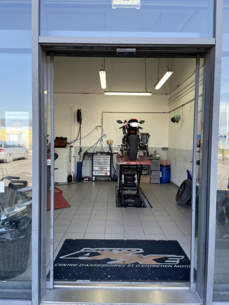 sportsmart, S20, Rosso Corsa, Pilot power.... et autres pneu route/piste. - Page 9 Img_1615