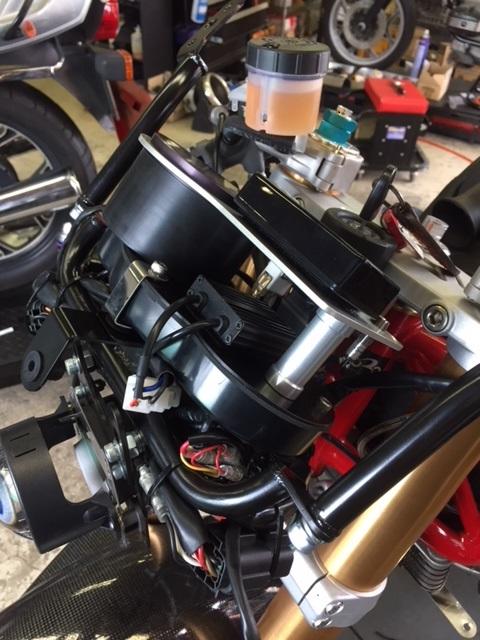 Ducati 1000 DS par Ritmo Sereno Img_3110