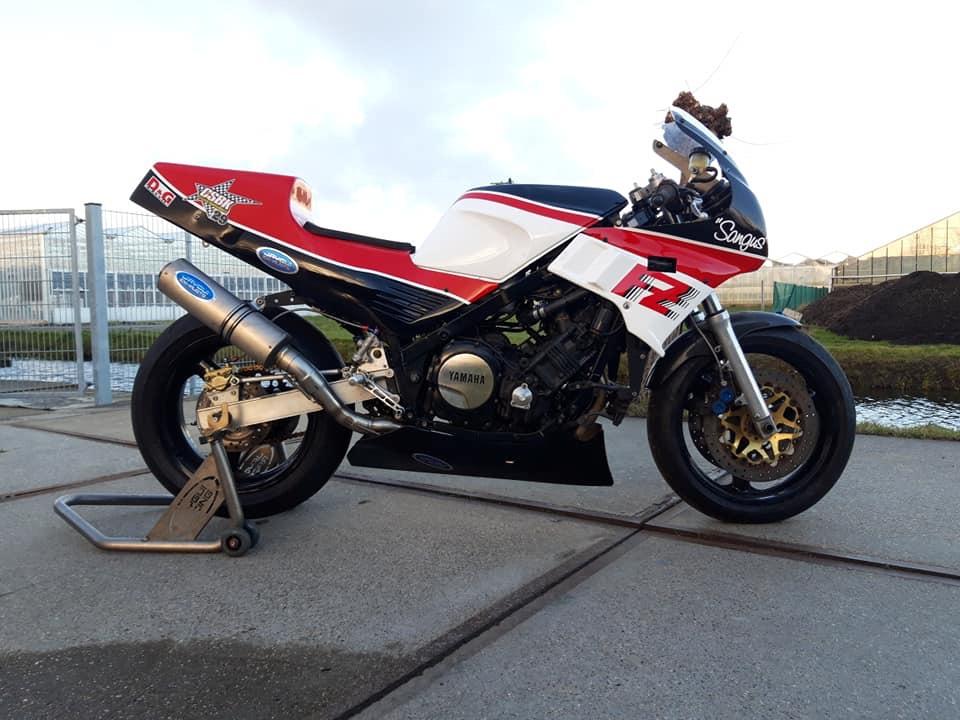 Yamaha FZ 750 - Page 3 Img_7317
