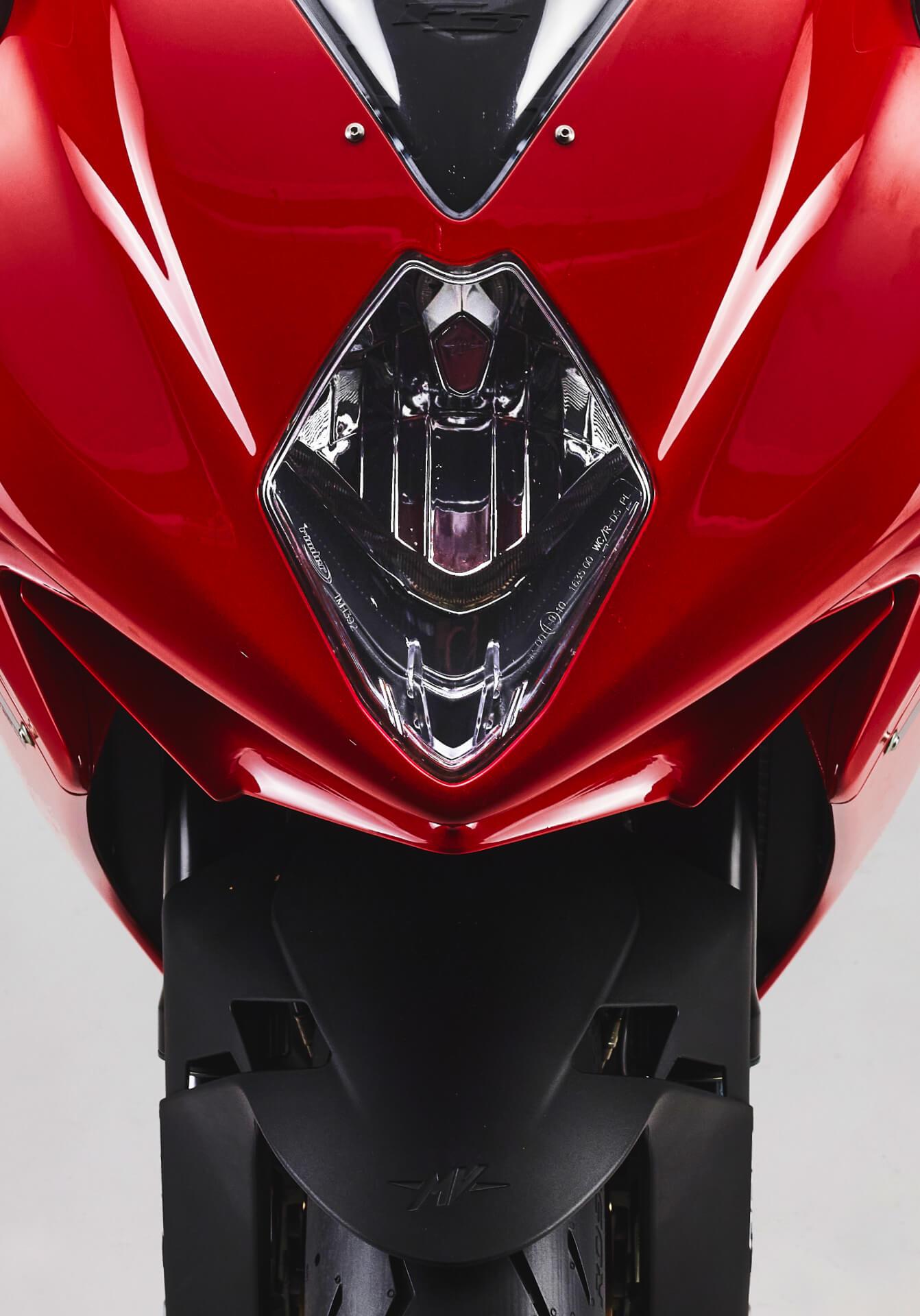 MV Agusta F3 Proper10