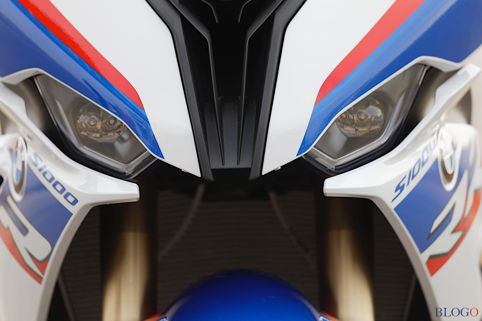 BMW S1000RR 2019 - Page 3 S-100012