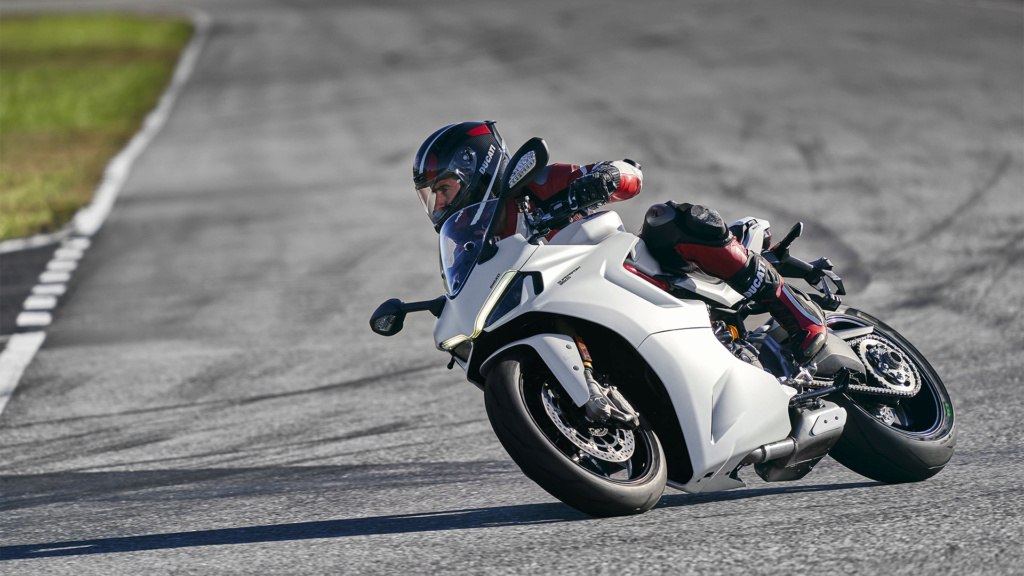 Ducati Supersport 950 et 950 s Ss-95010
