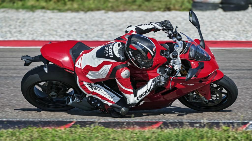Ducati Supersport 950 et 950 s Ss-95013