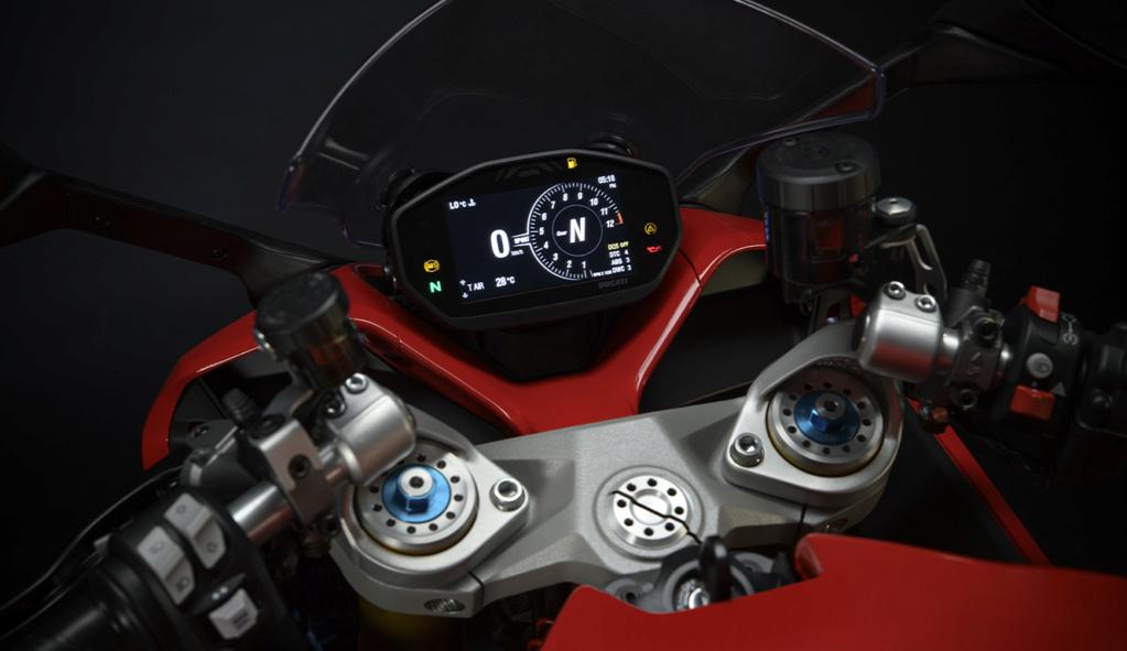 Ducati Supersport 950 et 950 s Ss-95014