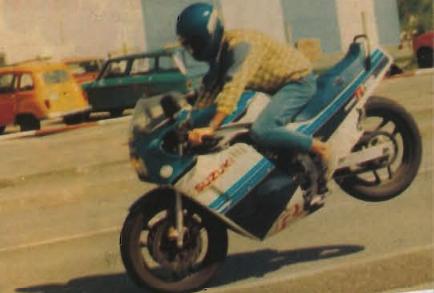 Suzuki GSX-R Slabside 750 (85-87) et 1100 (86-88) Sujet N°2 - Page 6 Stoppy11
