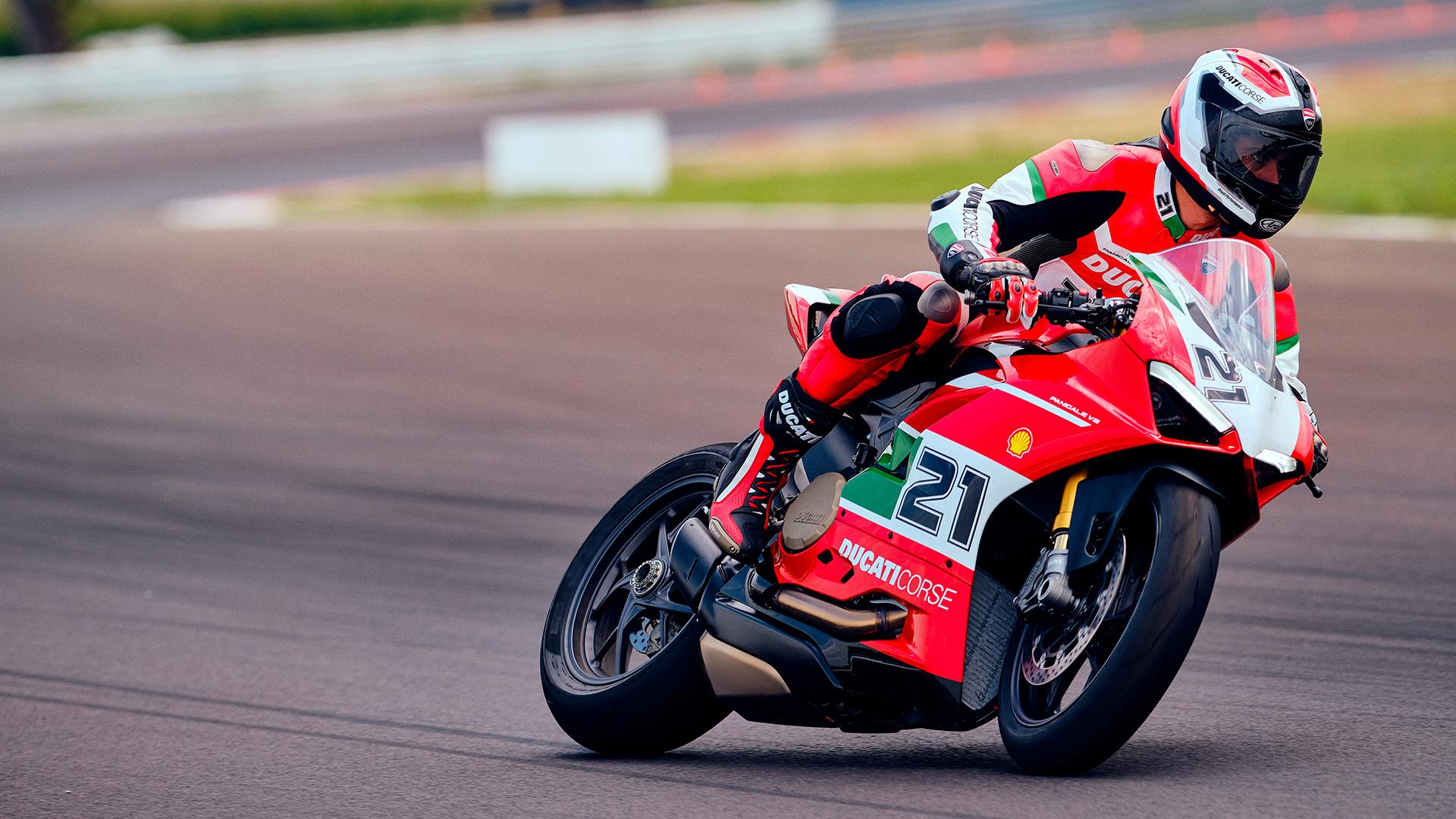 Panigale V2 Ducati  Troy-b13