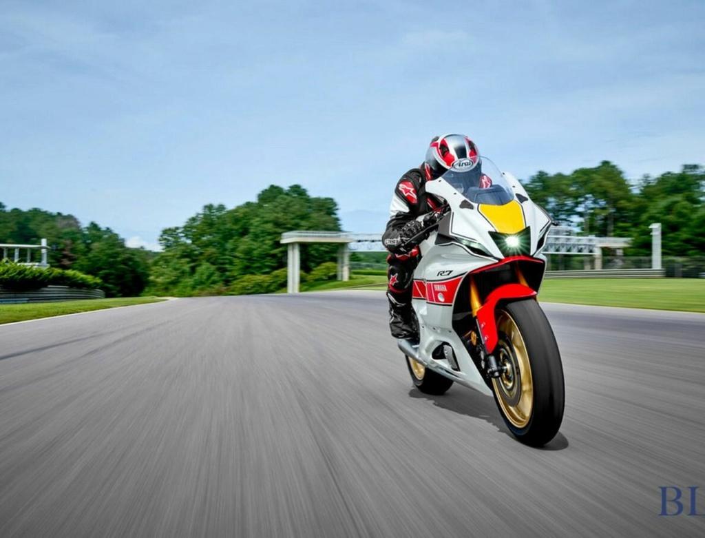 En 2022 la Série R de Yamaha  Yamaha23