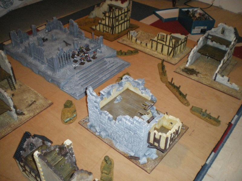 Tables et décors Mordheim pour la campagne Imgp3414