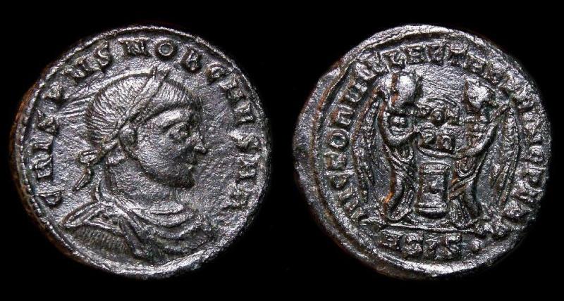 Collection Trajan 371da410