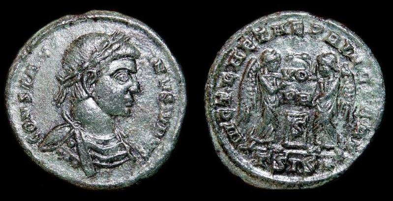Collection Trajan 7696ea11