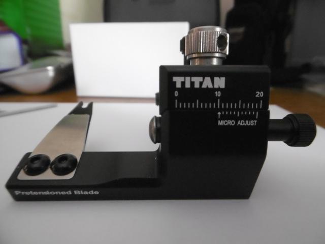 TITAN repose flèche P1000114