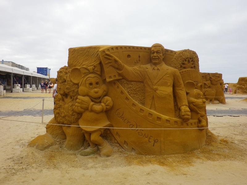"""""""Frozen Summer Fun""""  Le nouveau Festival de Sculptures de sable  du 13 juin au 6 septembre 2015 ... Imgp4221"""