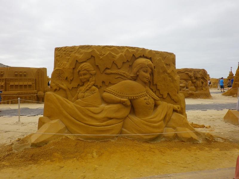 """""""Frozen Summer Fun""""  Le nouveau Festival de Sculptures de sable  du 13 juin au 6 septembre 2015 ... Imgp4315"""