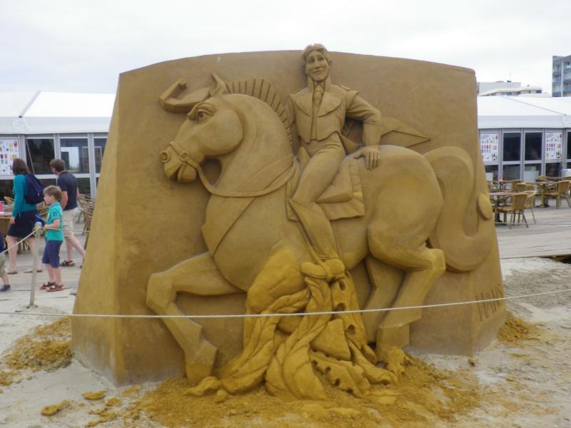 """""""Frozen Summer Fun""""  Le nouveau Festival de Sculptures de sable  du 13 juin au 6 septembre 2015 ... Imgp4325"""