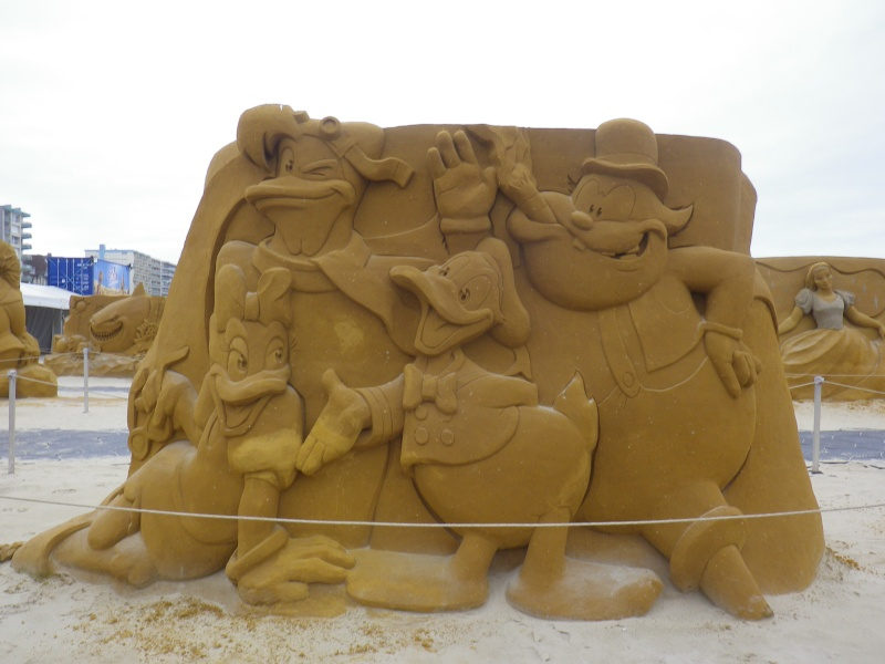 """""""Frozen Summer Fun""""  Le nouveau Festival de Sculptures de sable  du 13 juin au 6 septembre 2015 ... Imgp4328"""