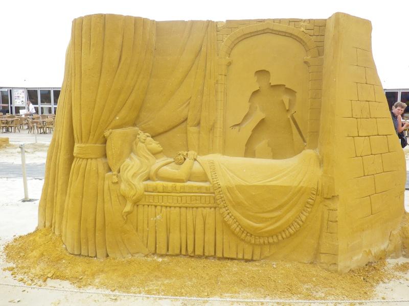 """""""Frozen Summer Fun""""  Le nouveau Festival de Sculptures de sable  du 13 juin au 6 septembre 2015 ... Imgp4339"""
