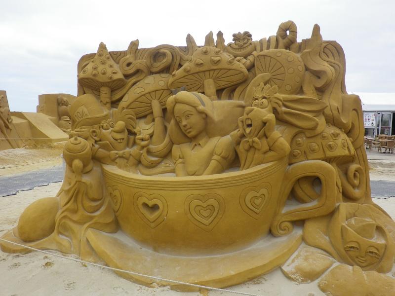 """""""Frozen Summer Fun""""  Le nouveau Festival de Sculptures de sable  du 13 juin au 6 septembre 2015 ... Imgp4342"""