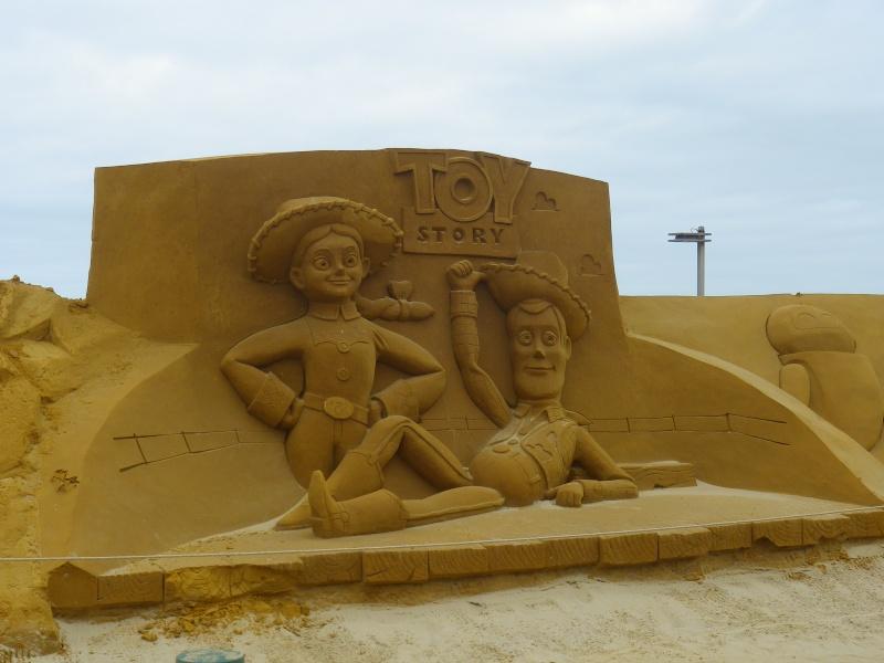 """""""Frozen Summer Fun""""  Le nouveau Festival de Sculptures de sable  du 13 juin au 6 septembre 2015 ... Imgp4343"""