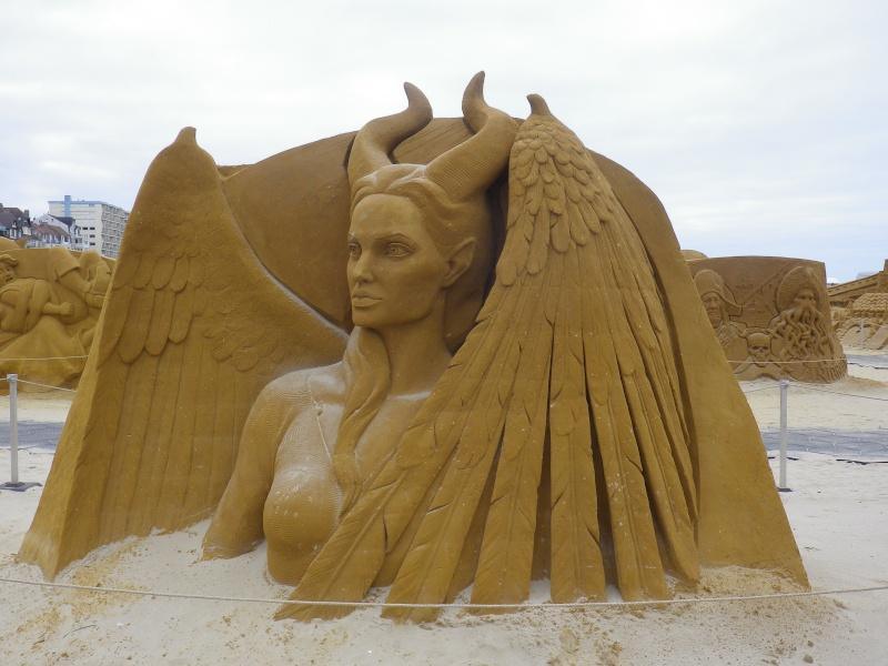 """""""Frozen Summer Fun""""  Le nouveau Festival de Sculptures de sable  du 13 juin au 6 septembre 2015 ... Imgp4350"""