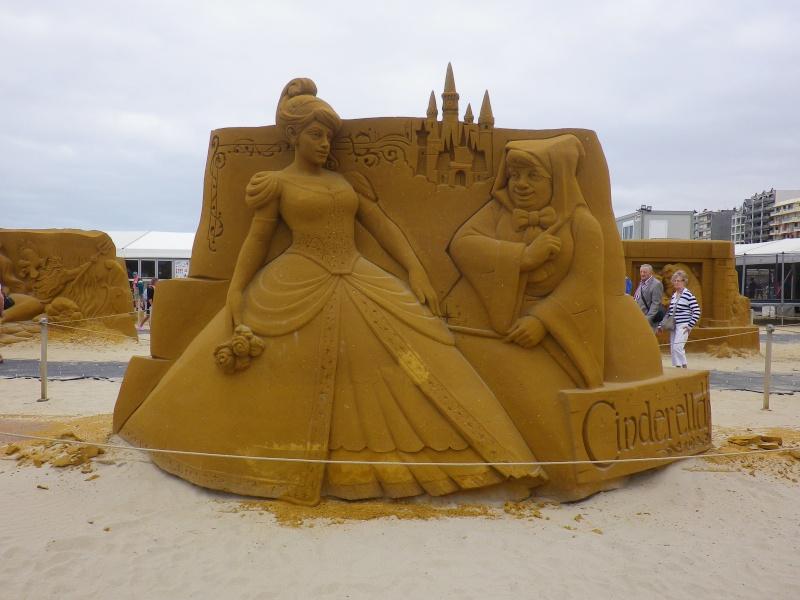 """""""Frozen Summer Fun""""  Le nouveau Festival de Sculptures de sable  du 13 juin au 6 septembre 2015 ... Imgp4351"""