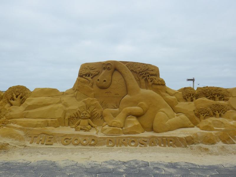 """""""Frozen Summer Fun""""  Le nouveau Festival de Sculptures de sable  du 13 juin au 6 septembre 2015 ... Imgp4363"""