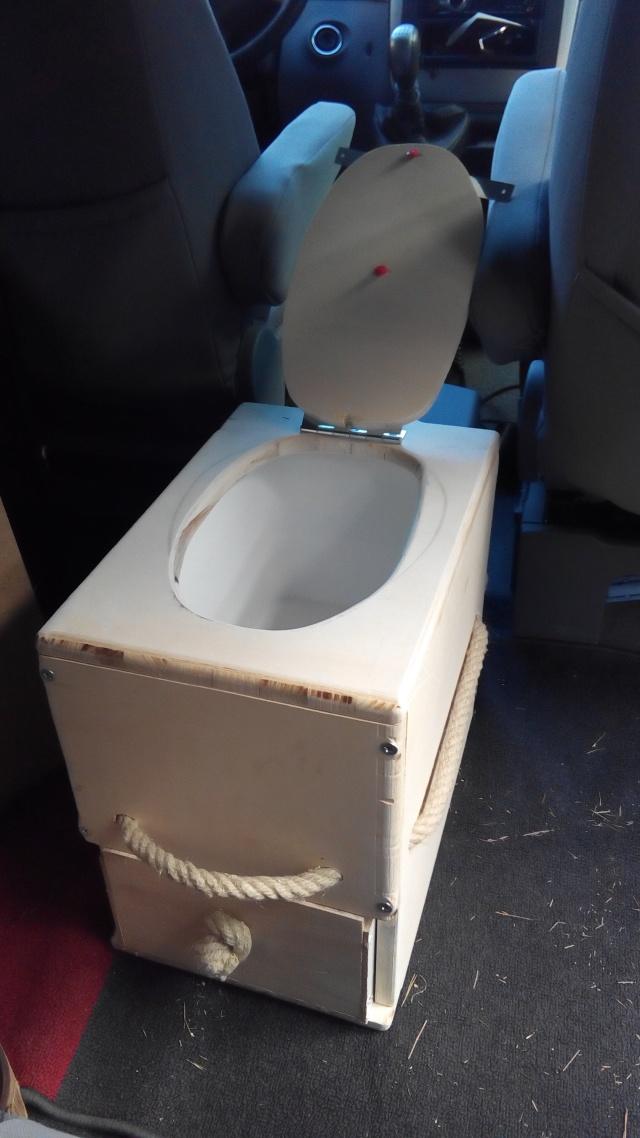 """Nouveauté """"popocube"""" : des toilettes sèches Img_2019"""