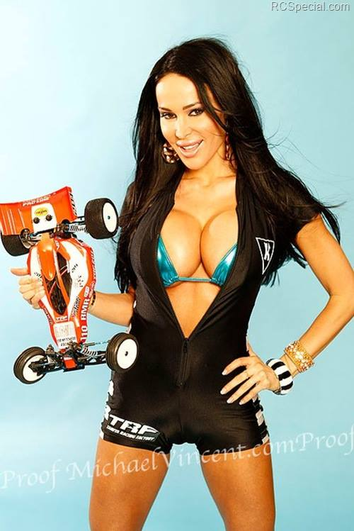 Auto RC-Girls - Page 6 20027_10