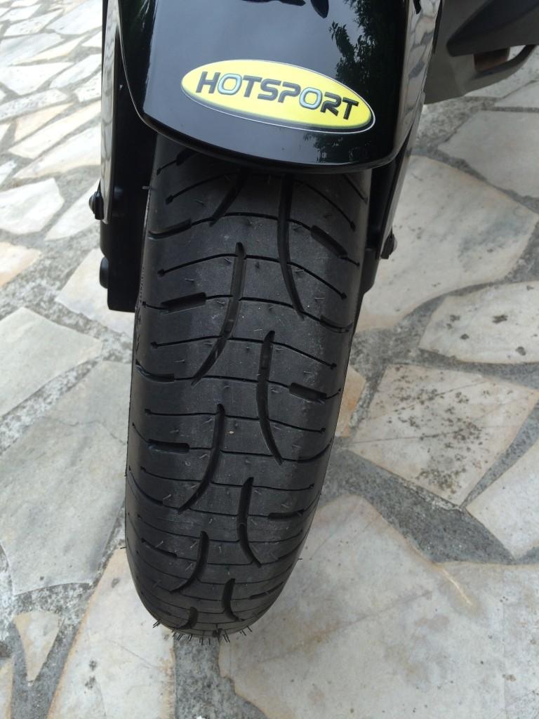 Pneus bigomme Michelin Pilot Road PR4 Img_7419