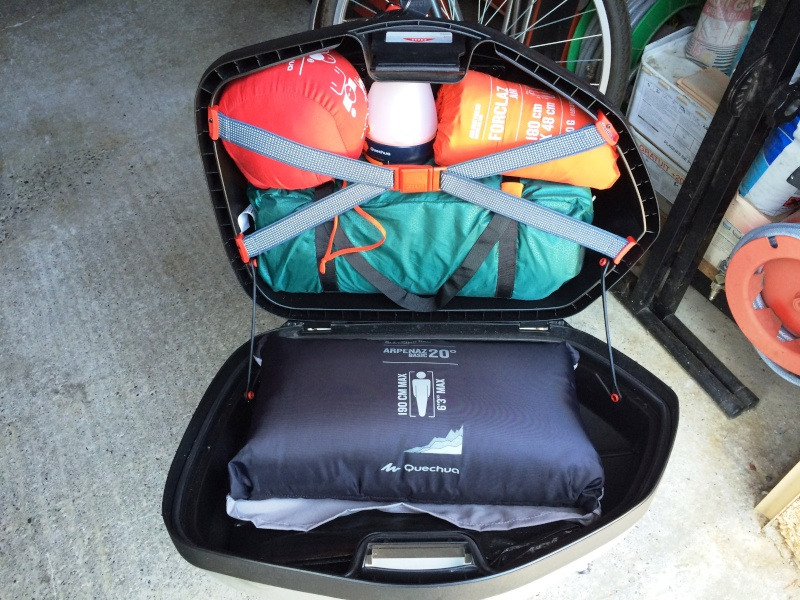 Equipement camping pour 2 roues et 3roues Img_7622