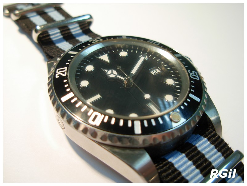 Votre montre du jour - Page 3 Dscn4310