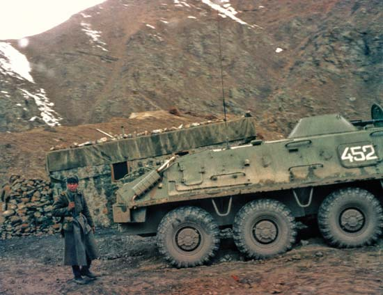 BTR 60 APC ( verlinden  1/35eme ) 13428010