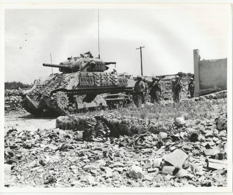 Sherman M4A3 ex dozer ( italeri, academy, eduard ) au 1/35eme 14829410