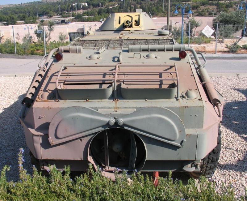 BTR 60 APC ( verlinden  1/35eme ) Btr-6012