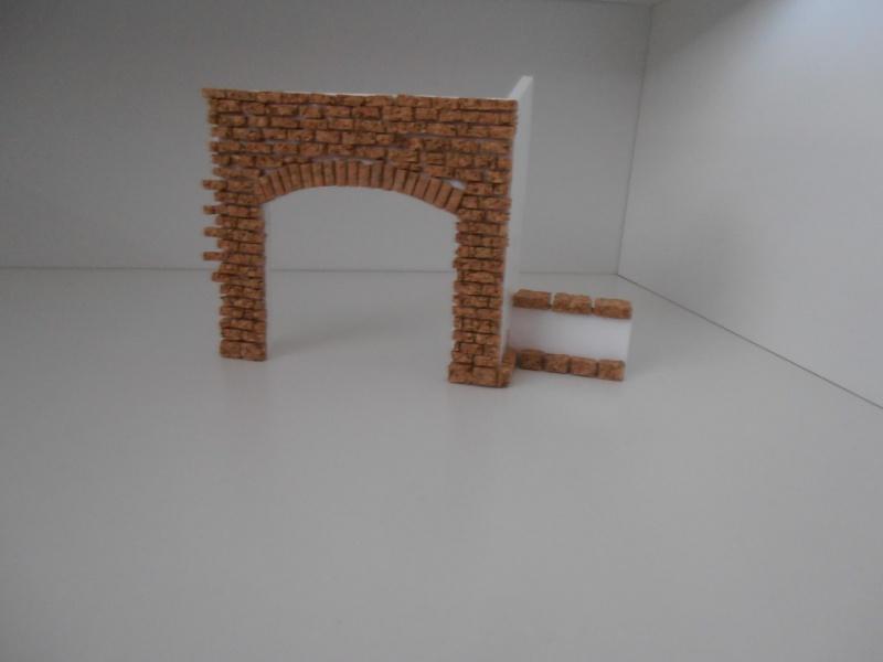 Mes ptites réalisations de pierres et de briques ( lièges, cartons plume au 1/35ème ). - Page 3 P6271110