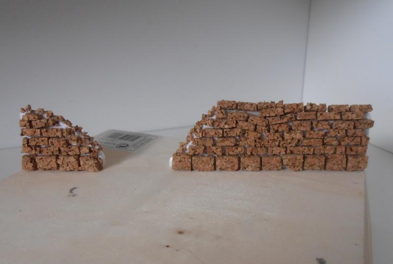 Mes ptites réalisations de pierres et de briques ( lièges, cartons plume au 1/35ème ). - Page 3 P6291110