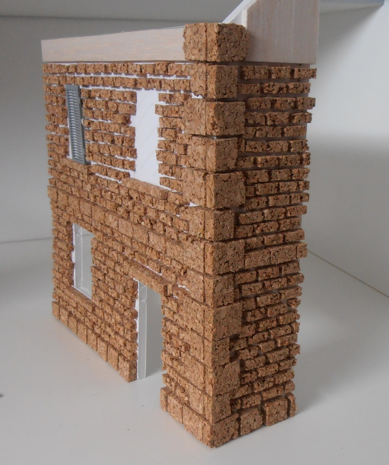 Mes ptites réalisations de pierres et de briques ( lièges, cartons plume au 1/35ème ). - Page 3 P6291114