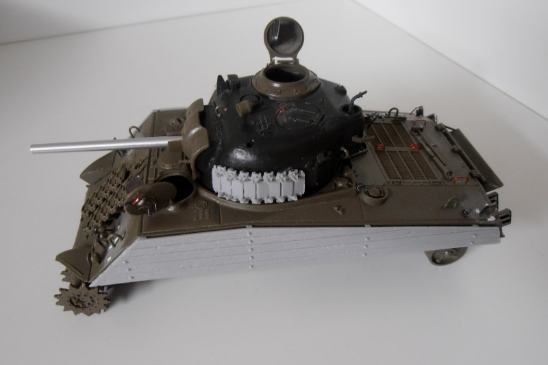 "Sherman M4A3 "" made in Pacifique "" ( Tamiya, Eduard, Neo Models au 1/35eme ) - Page 2 P7061110"