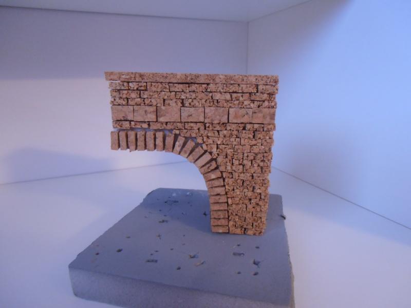 Mes ptites réalisations de pierres et de briques ( lièges, cartons plume au 1/35ème ). - Page 4 P7121210
