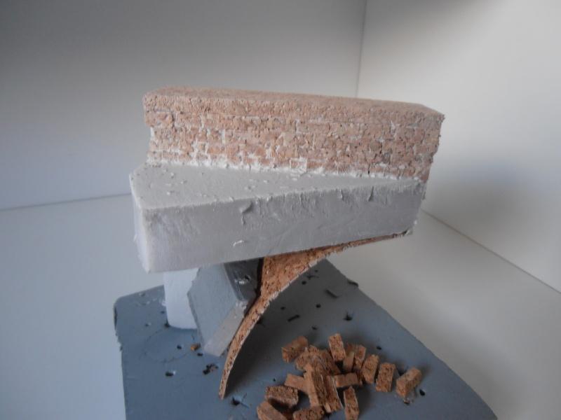Mes ptites réalisations de pierres et de briques ( lièges, cartons plume au 1/35ème ). - Page 5 P7121213