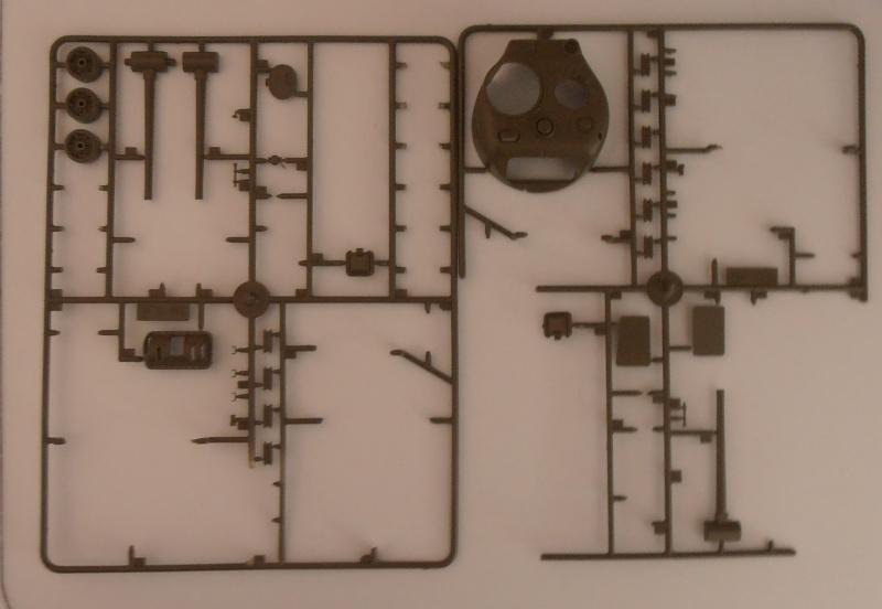 Sherman M4A3 ex dozer ( italeri, academy, eduard ) au 1/35eme P7301213