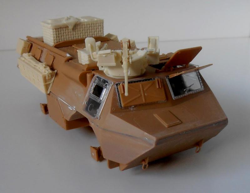 Vab en opex ( heller, eduard, blast model ) au 1/35eme P8191211